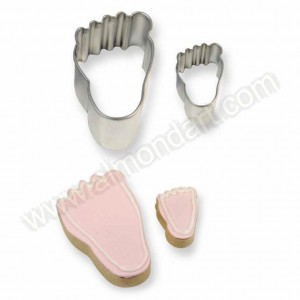 Cookie & Cake Foot Cutter - Set of 2