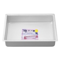 "7"" x 11"" Oblong Cake Pan 3"" Deep"