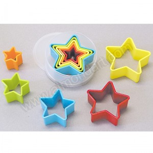 Plastic Star Cookie Cutters - Set of 5